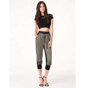 NWT Bebe jogger pants size small